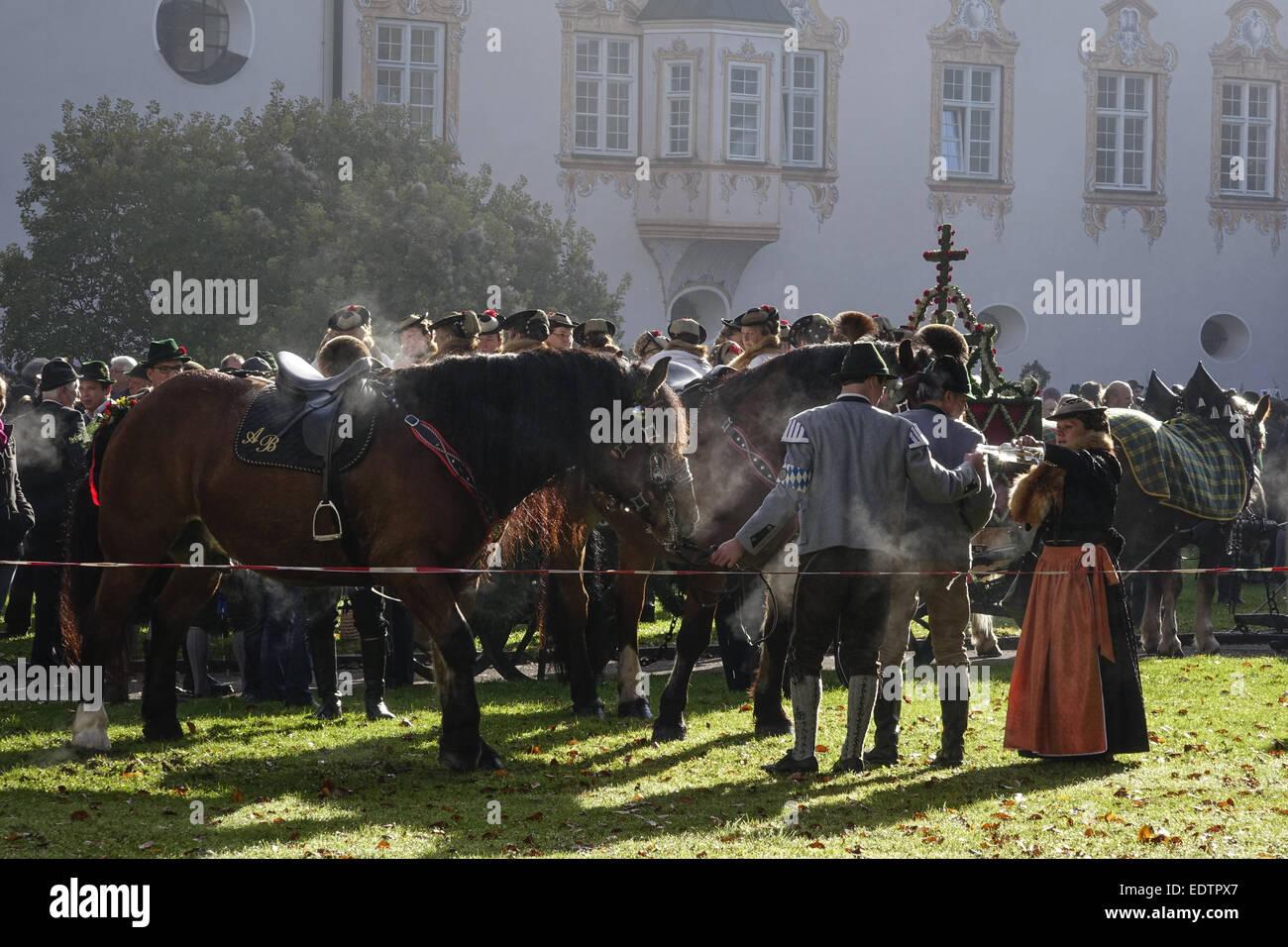 Leonhardifahrt in Benediktbeuren, Oberbayern, Deutschland.(nur redaktionell nutzbar, kein model release vorhanden),Traditional - Stock Image
