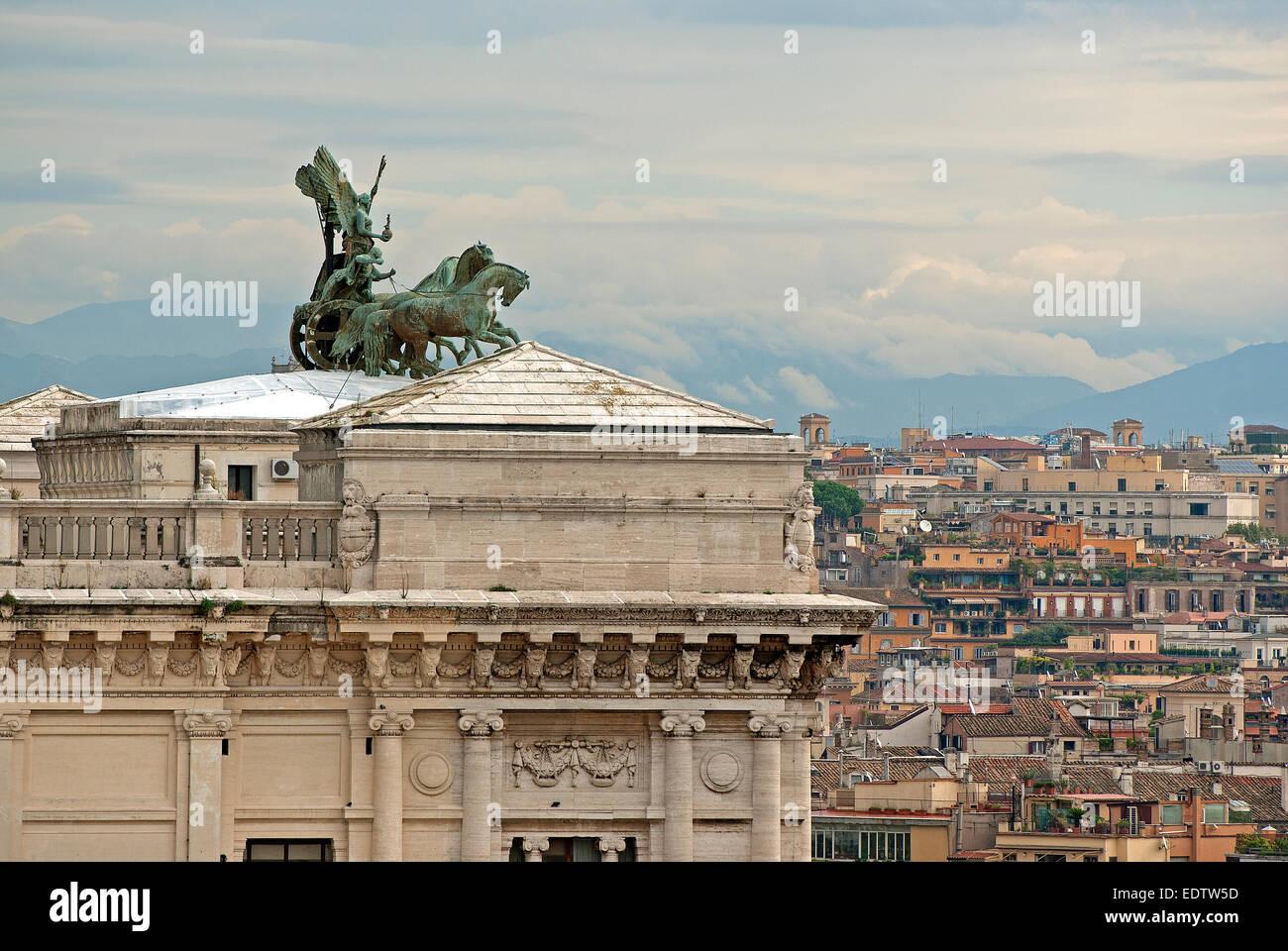Altare della Patria with the Quadriga della Libertà, Piazza Venezia, Rome, Italy - Stock Image