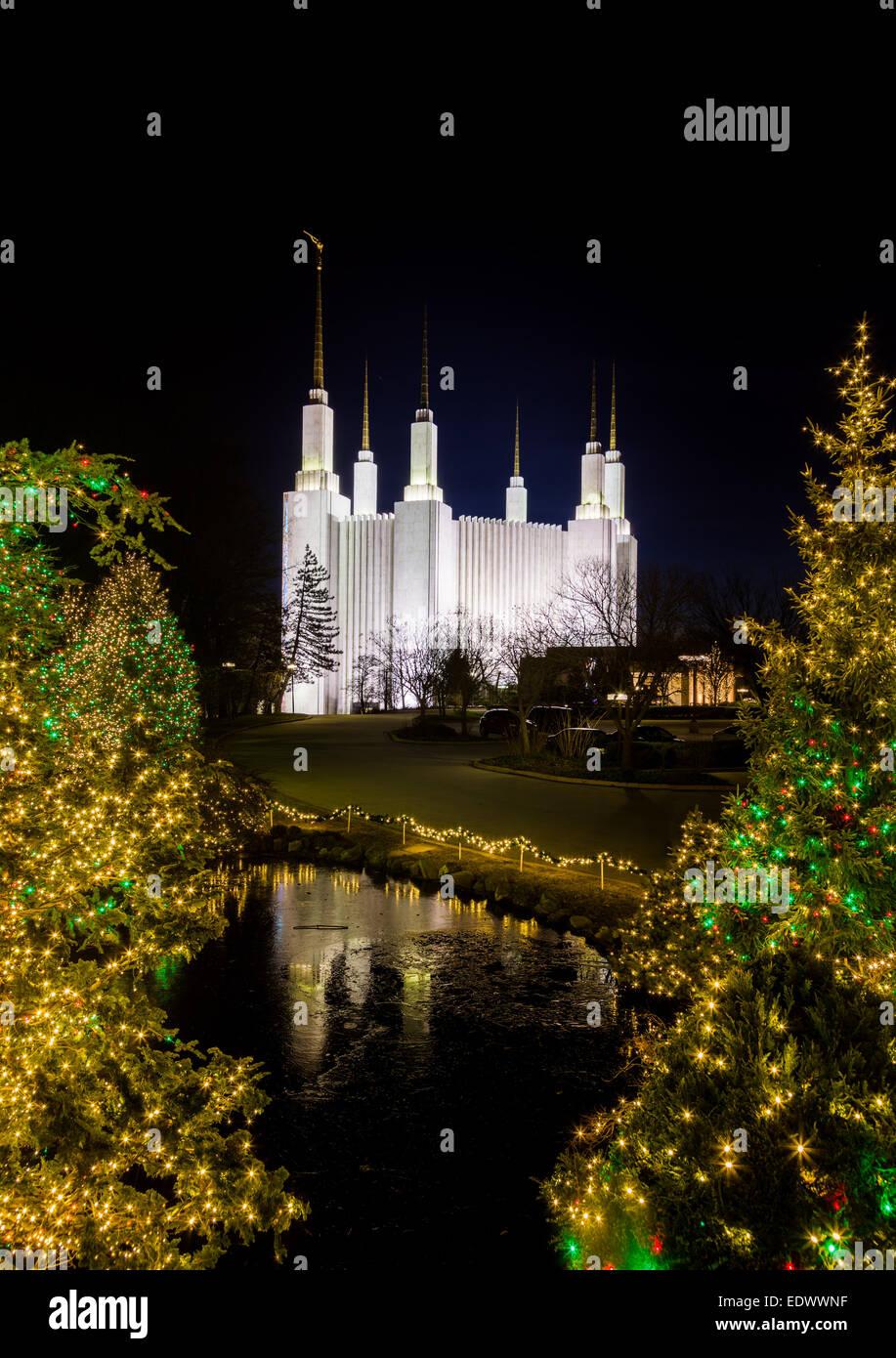 Christmas lights at Washington DC Temple or Church of Jesus Christ ...