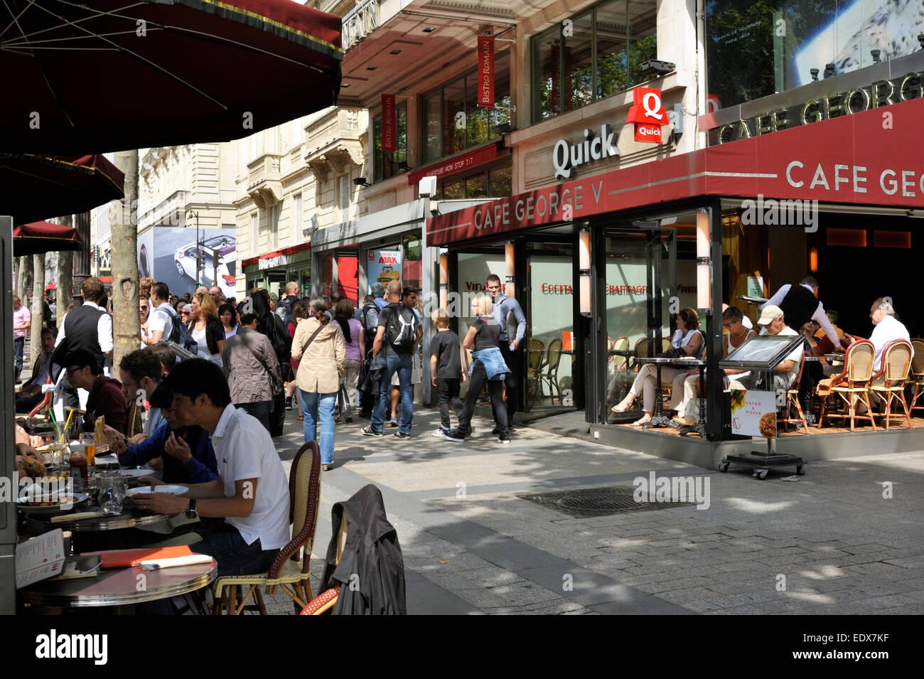 Paris, Avenue des Champs Élysées, cafe George V - Stock Image