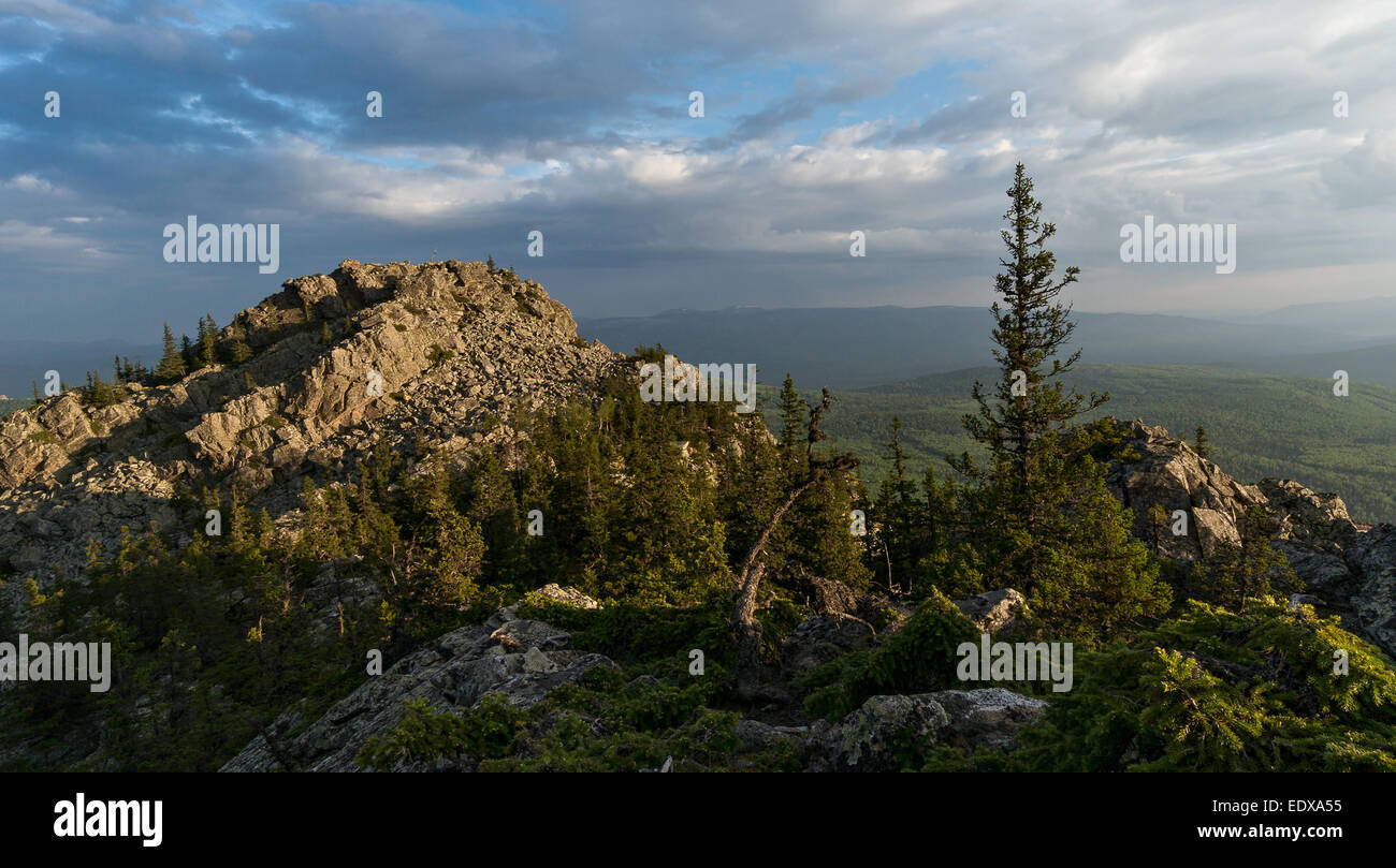 Mount Kachkanar (Middle Ural): geographical location, flora and fauna, Buddhist monastery 56