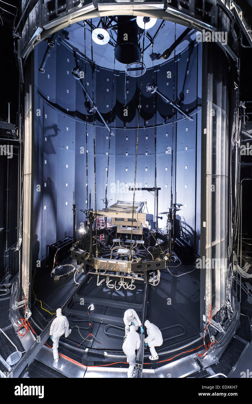 Space Simulation Chamber Prepared for Testing Webb Telescope - Stock Image