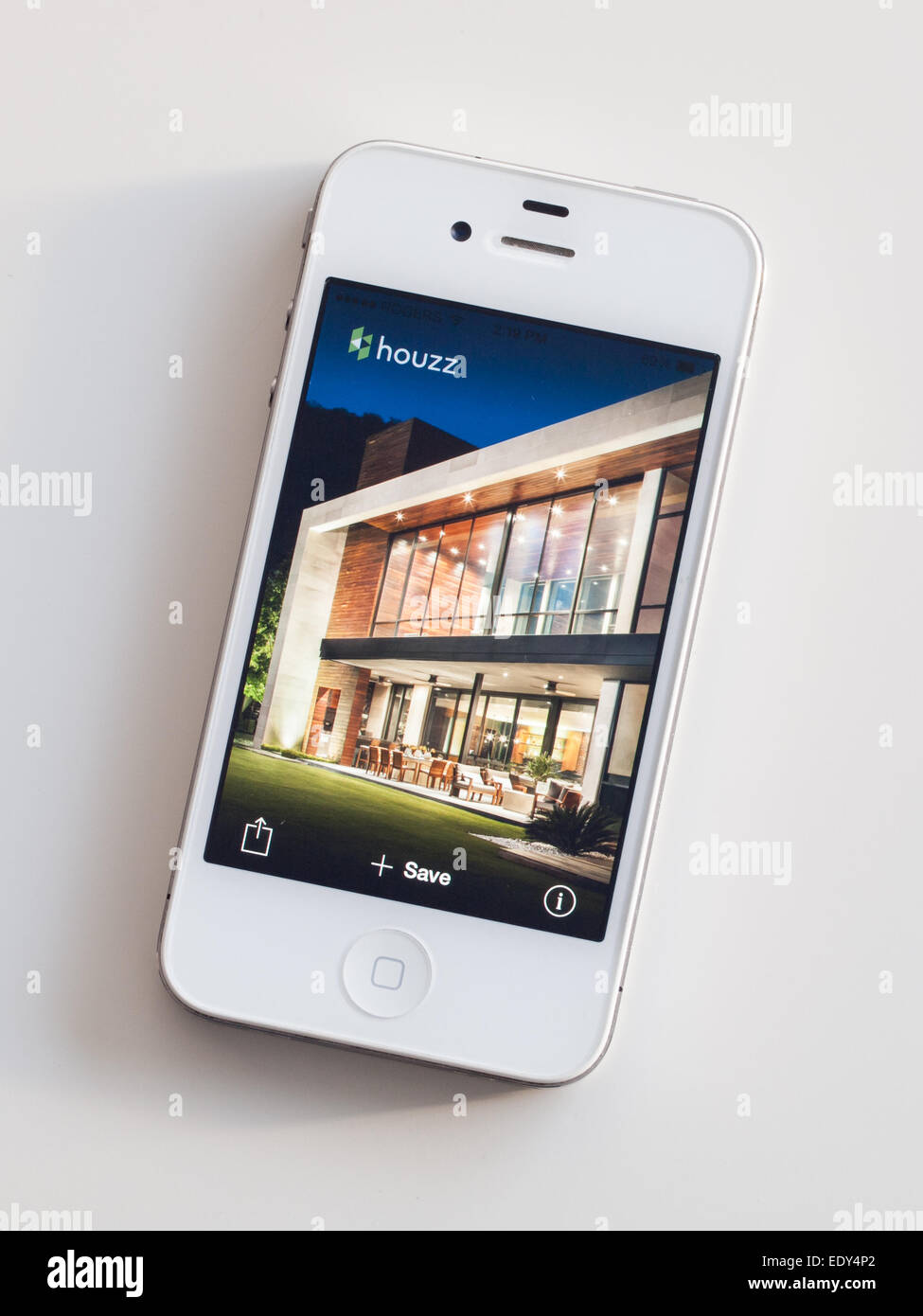 A screenshot from the Houzz mobile app on a white Apple iPhone 4. - Stock Image