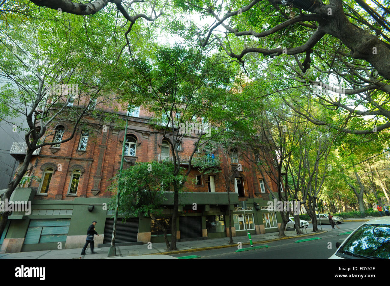 Old building in the Zona Rosa neighborhood of Mexico City, Mexico - Stock Image