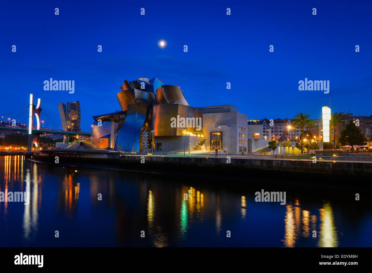 Guggenheim Museum Bilbao, by Frank Gehry, Nervion River, Bilbao, Basque Country, Biscay Province, Spain Stock Photo