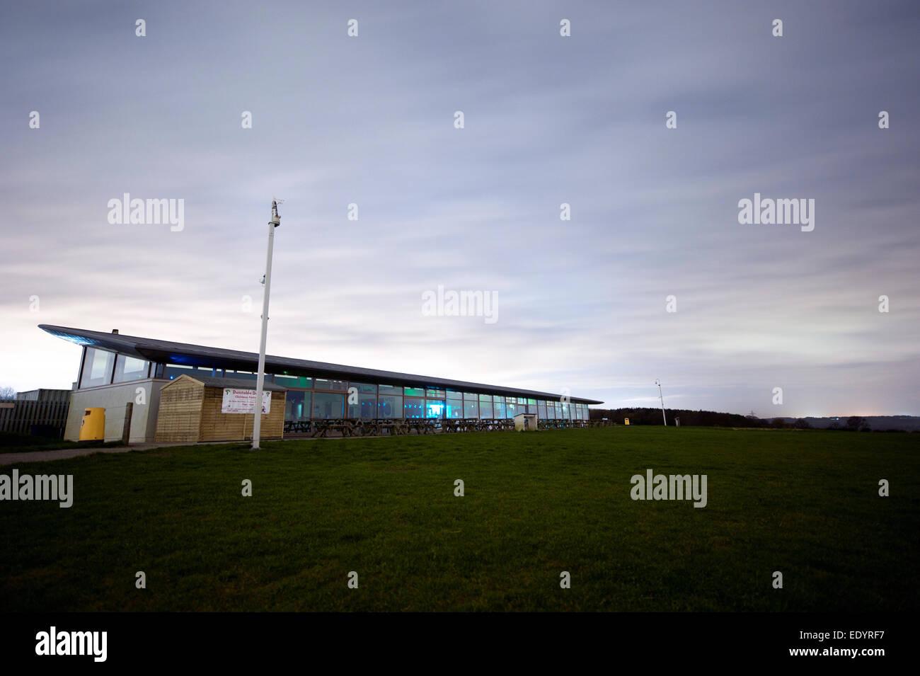 dunstable downs visitors center. credit: LEE RAMSDEN / ALAMY - Stock Image