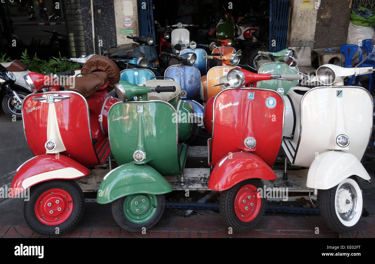 vintage vespa piaggio scooter vespas 150 super bangkok thailand stock photo 77448668 alamy. Black Bedroom Furniture Sets. Home Design Ideas