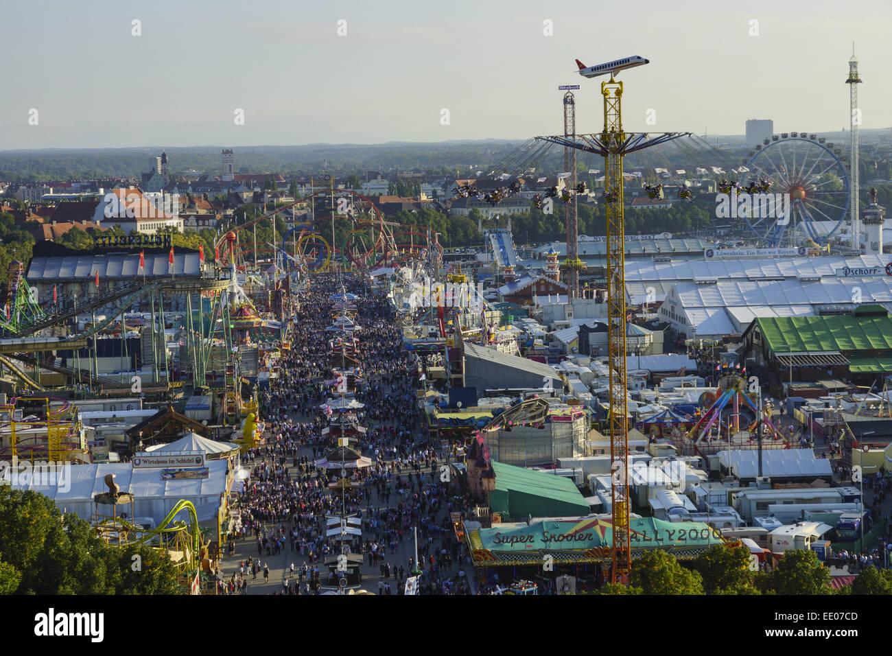Blick auf die Wiesn, Münchner Oktoberfest, Bayern, Deutschland, Look at the Wiesn, Munich Oktoberfes Beer Festival, - Stock Image