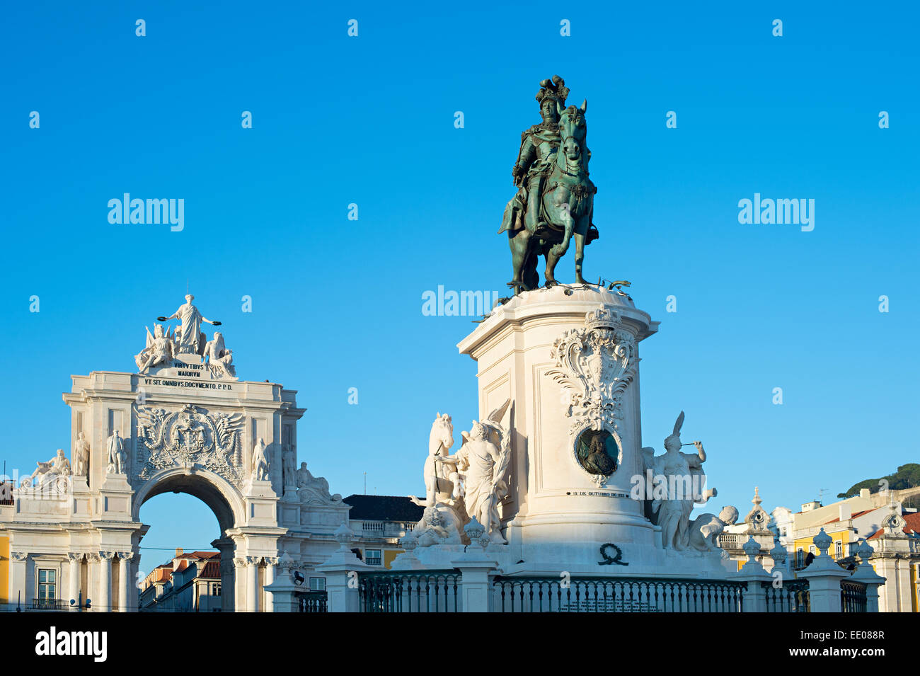 Statue of King Jose I and Rua Augusta Arch in Lisbon, Portugal - Stock Image