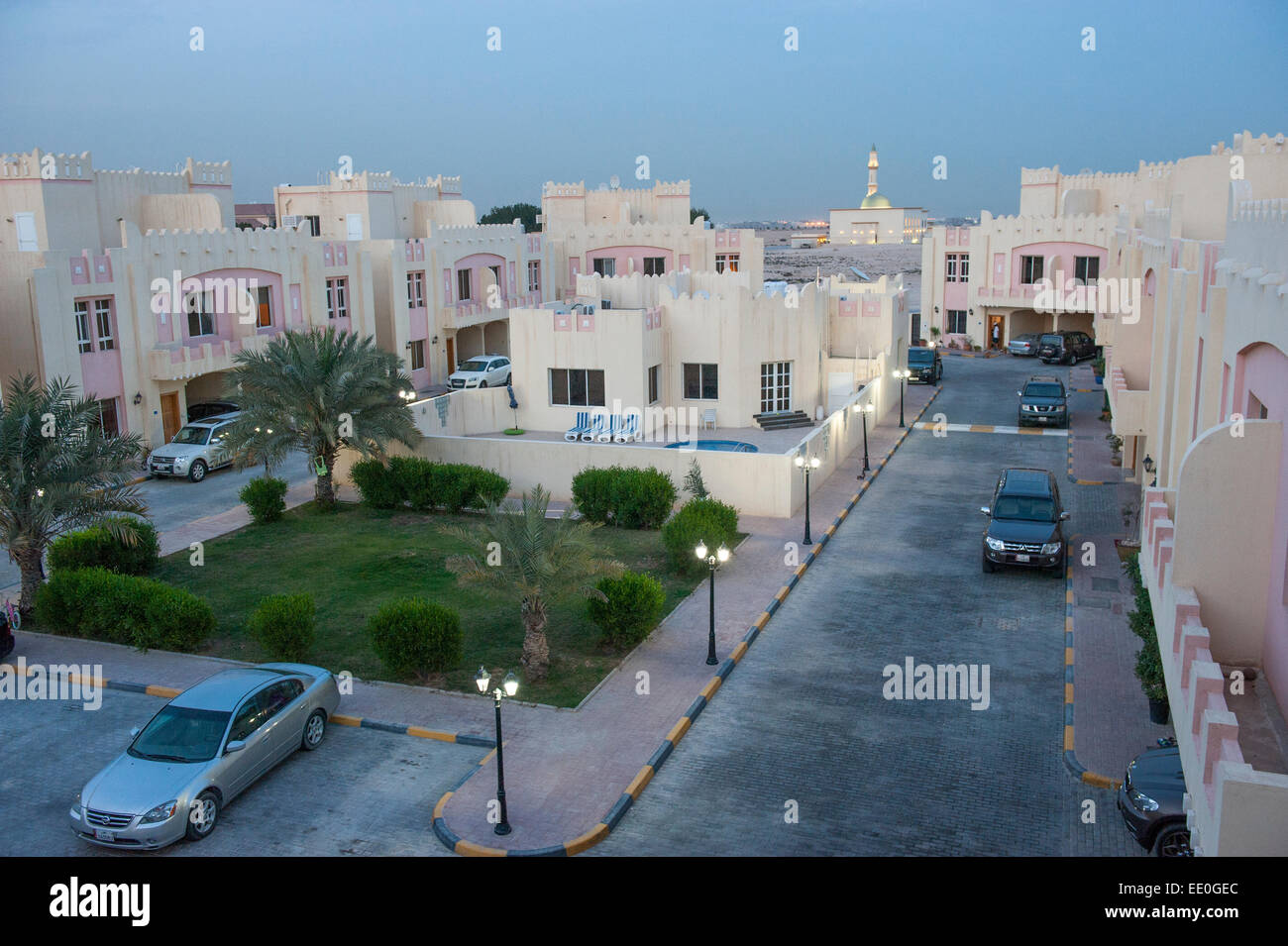 Qatar Housing Stock Photos & Qatar Housing Stock Images - Alamy
