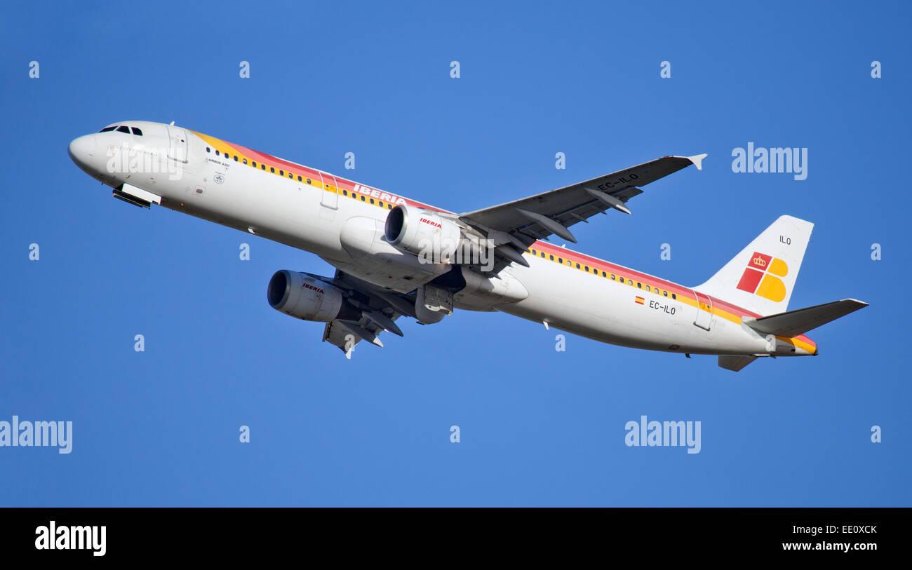Iberia Airways a321 EC-ILO departing London-Heathrow Airport LHR - Stock Image