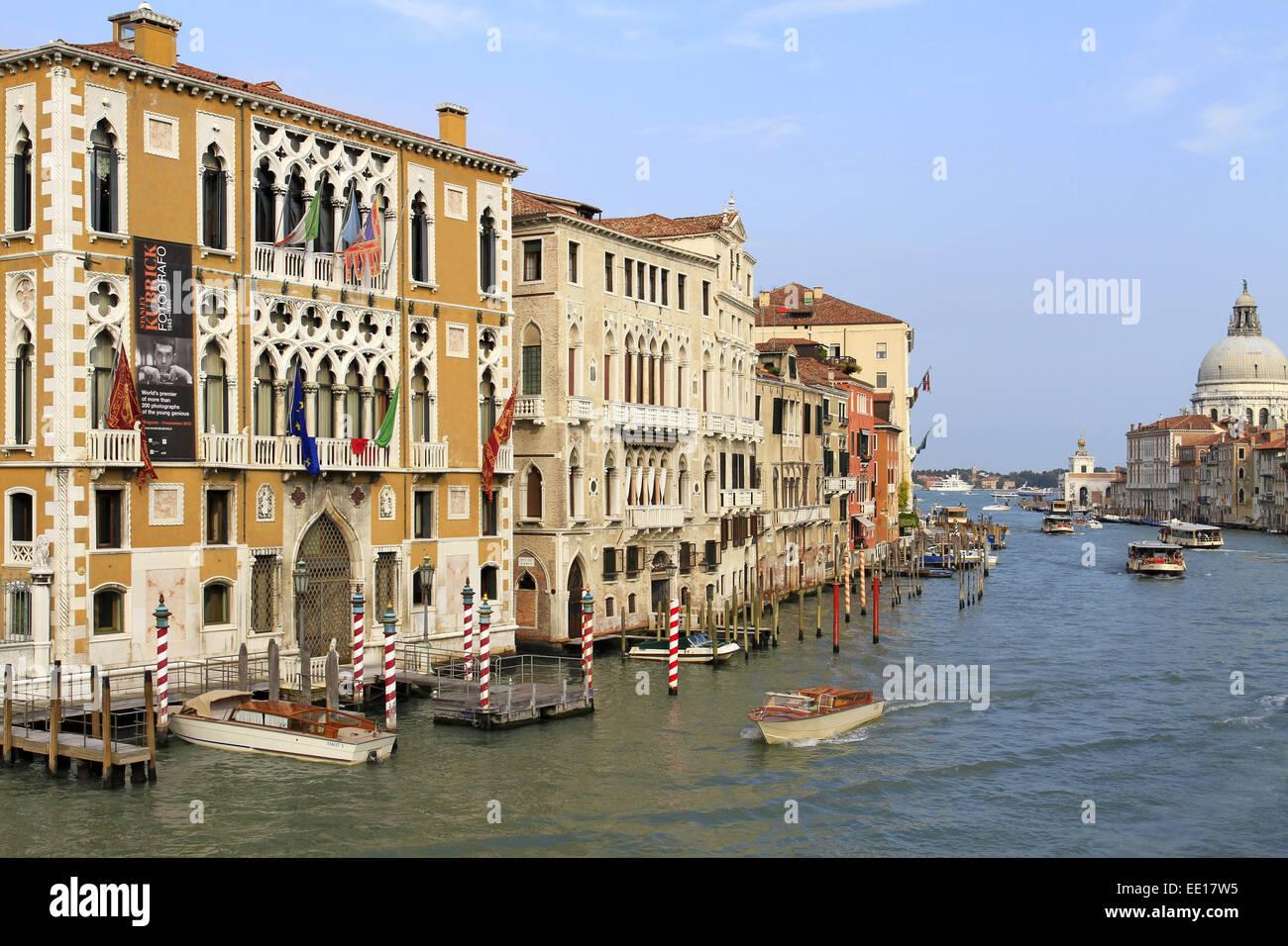 Palazzo Cavalli Franchetti am Canale Grande in Venedig, Italien Stock Photo