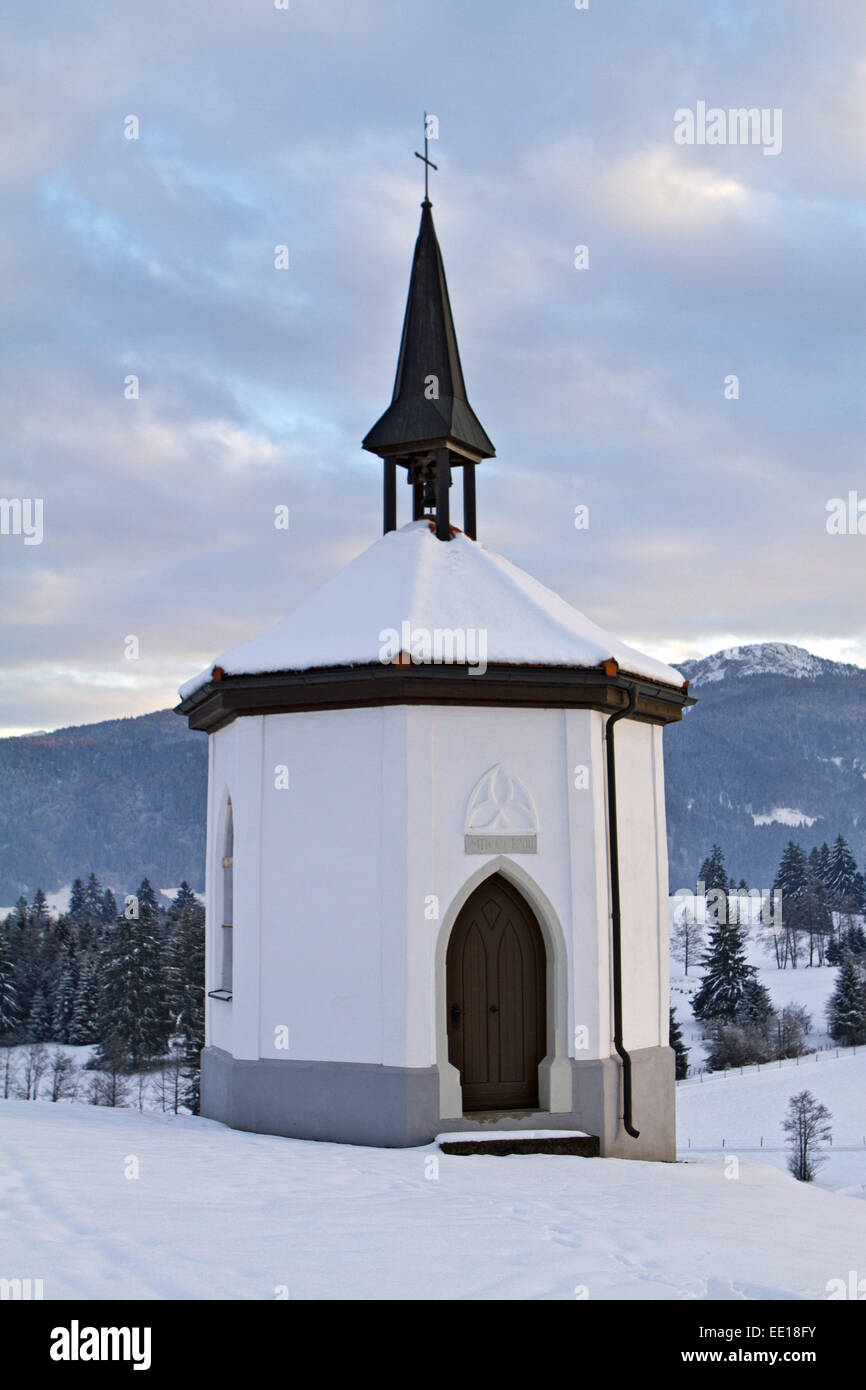 Kapelle im Winter, Deutschland, Oberbayern Stock Photo