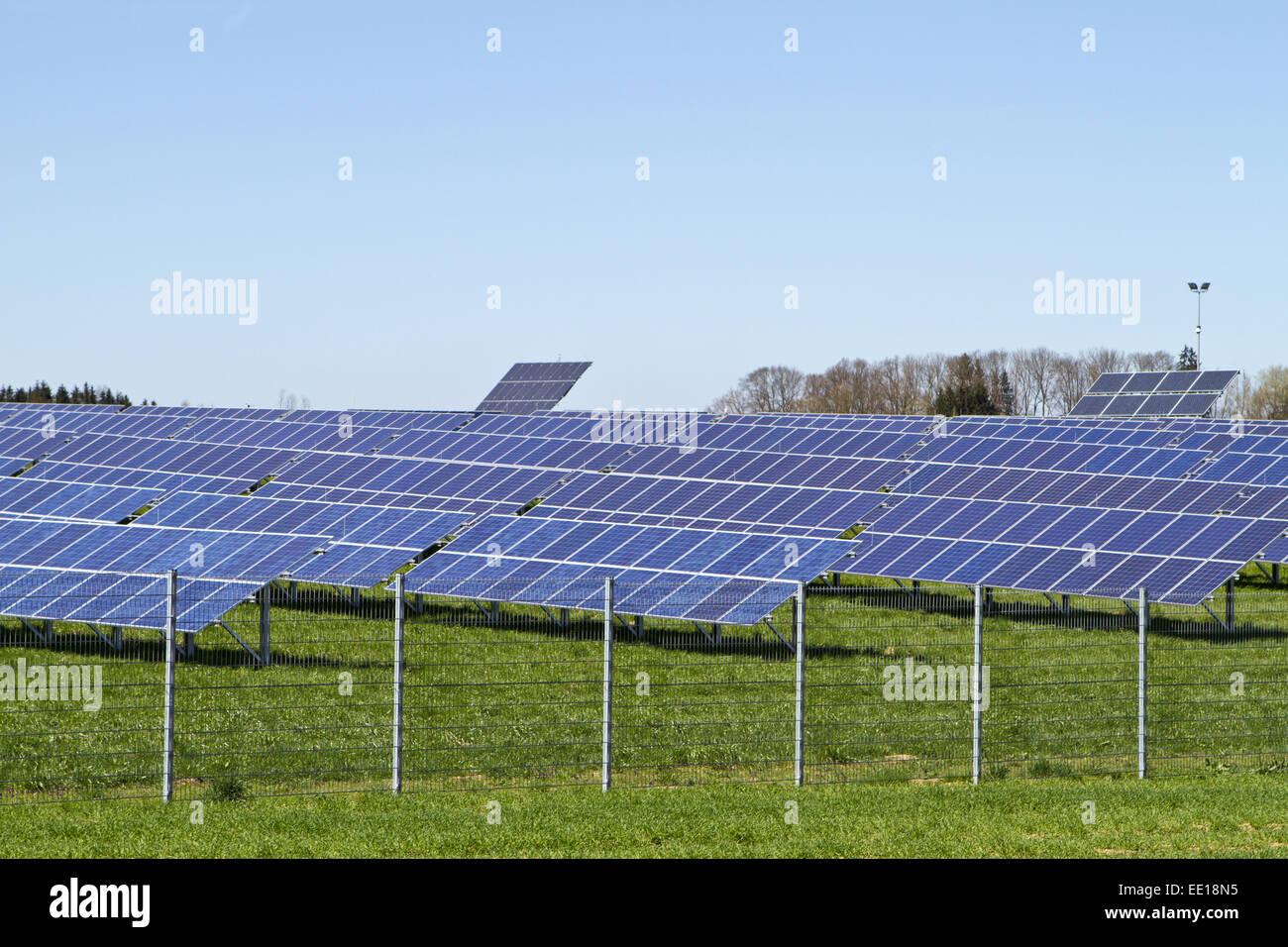 Solarcampus, Solarstromanlage bei Eberstalzell in Österreich, Solar Power, alternative energy, renewable, research, - Stock Image