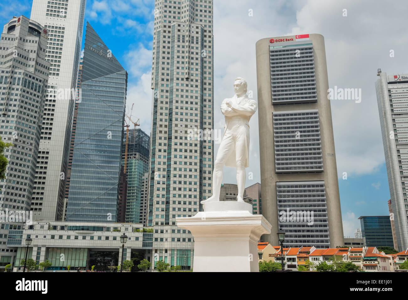 Raffles landing site, Sir Thomas Stamford Raffles statue, Singapore, Southeast Asia, Asia - Stock Image
