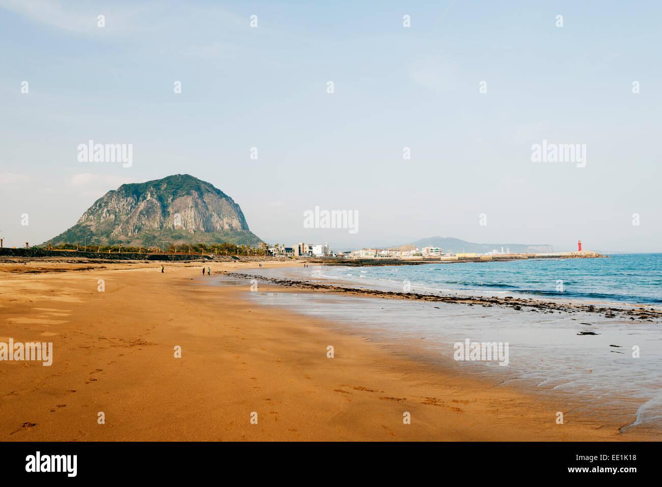 Mount Sanbangsan, Jeju Island, UNESCO World Heritage Site, South Korea, Asia - Stock Image
