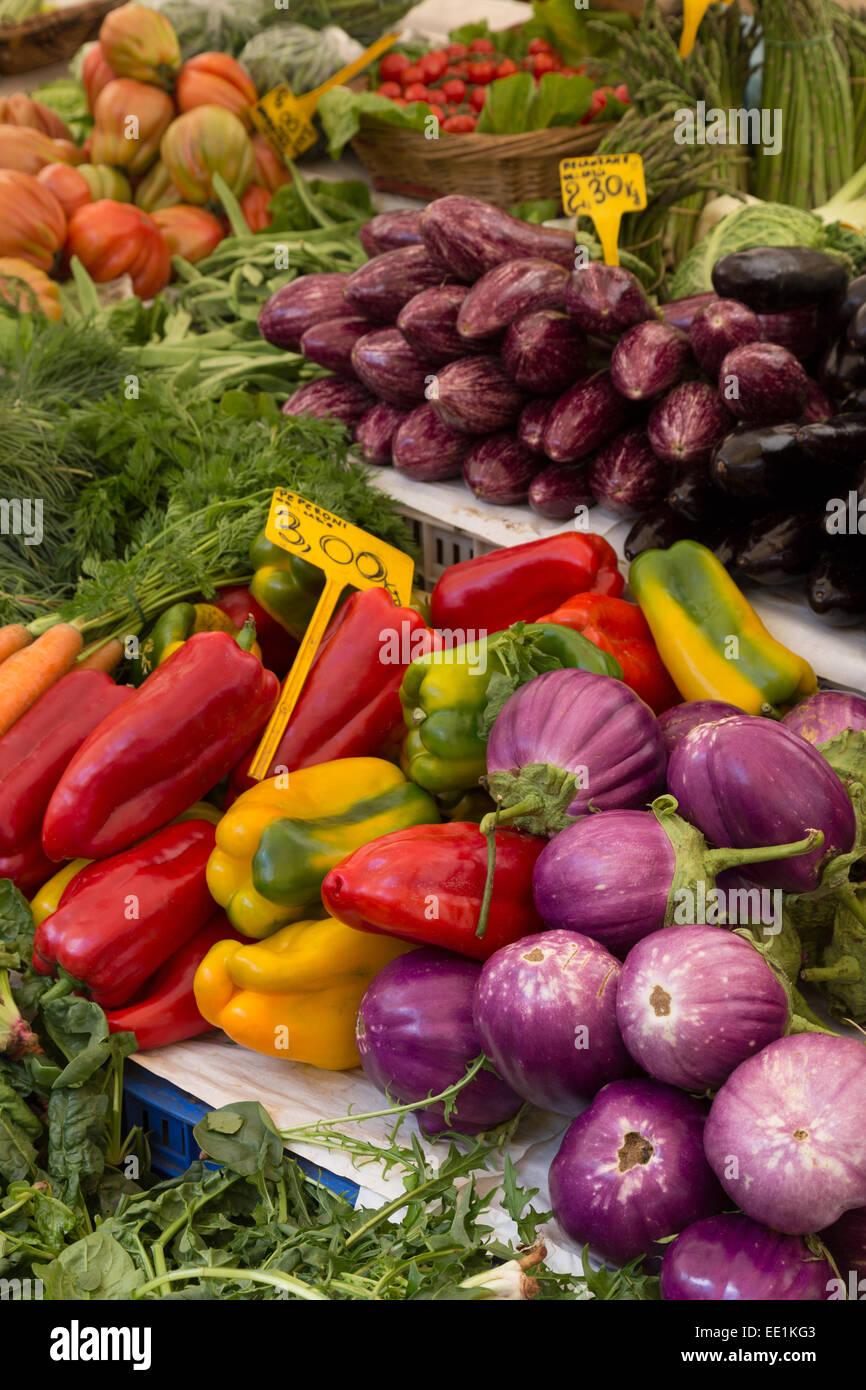 Fruit and vegetables for sale in Mercato di Campo de Fiori, Rome, Lazio, Italy, Europe - Stock Image