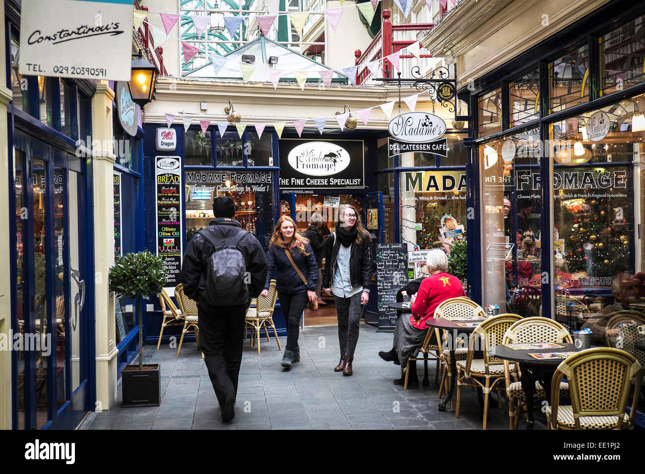 Shoppers in Castle Arcade in Cardiff. - Stock Image