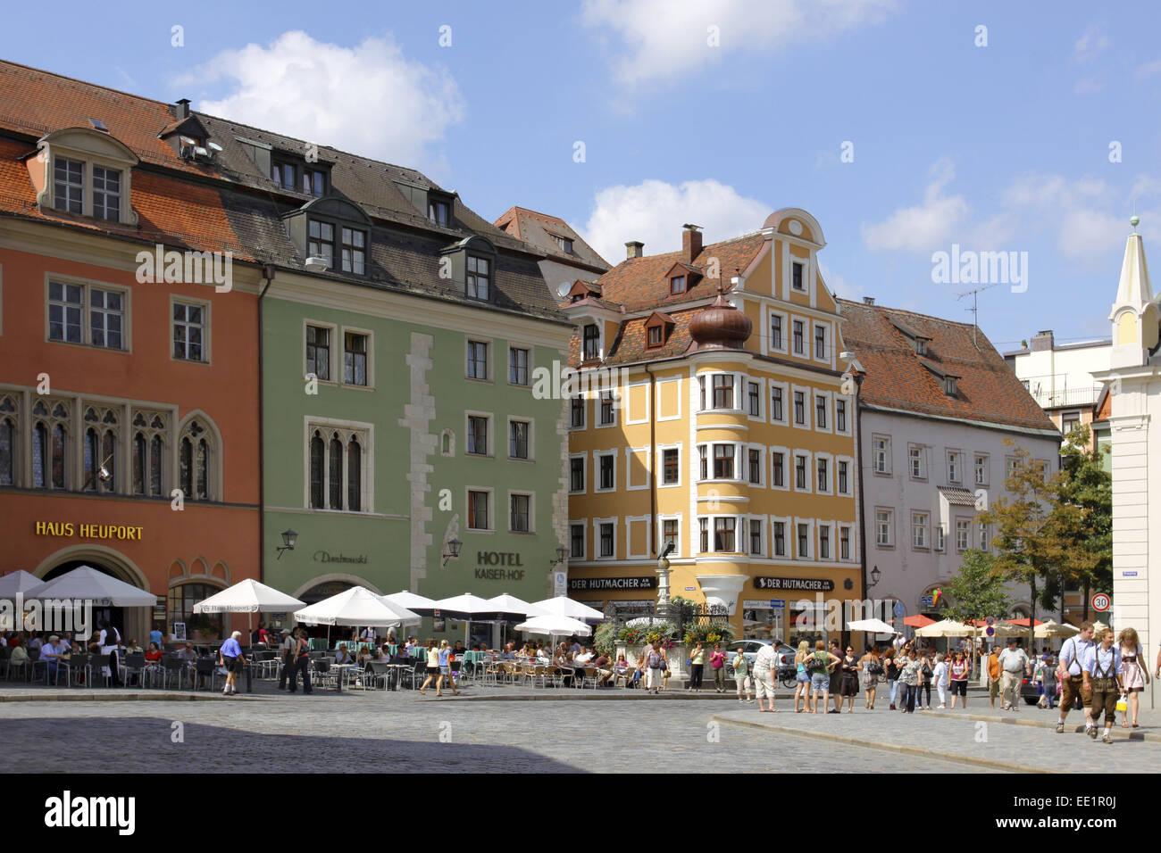 Regensburg, Unesco Welterbe, Domplatz, Bayerische Eisenstrasse, Strasse der Kaiser und Koenige - Stock Image