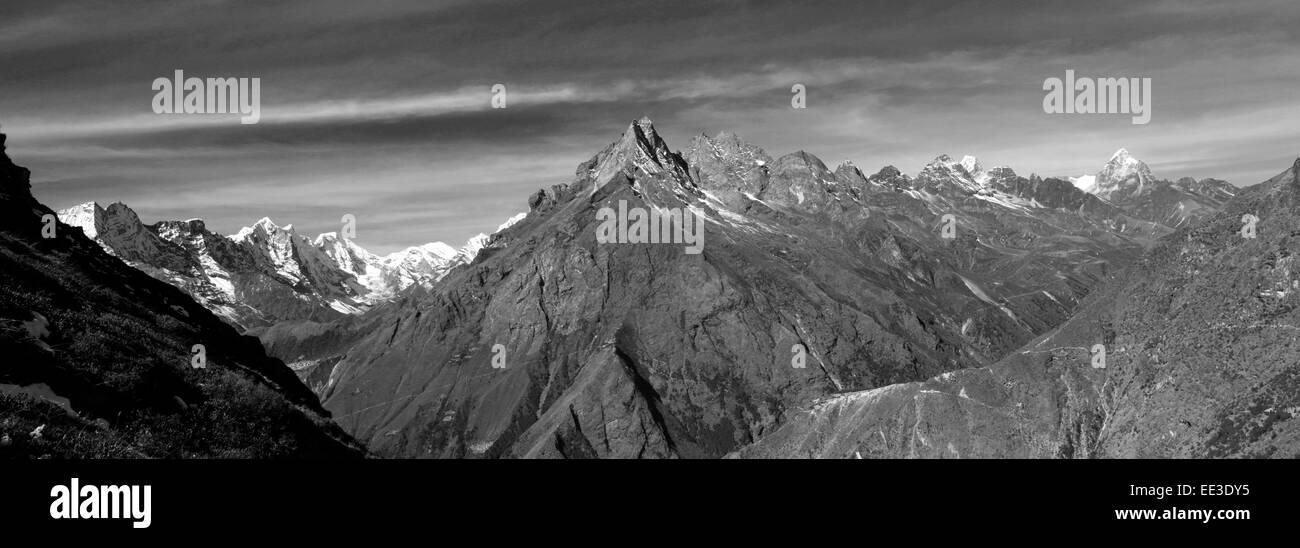 Khumbi Yul Lha mountain, Himalayan mountains, UNESCO World Heritage Site, Sagarmatha National Park, Solu-Khumbu Stock Photo
