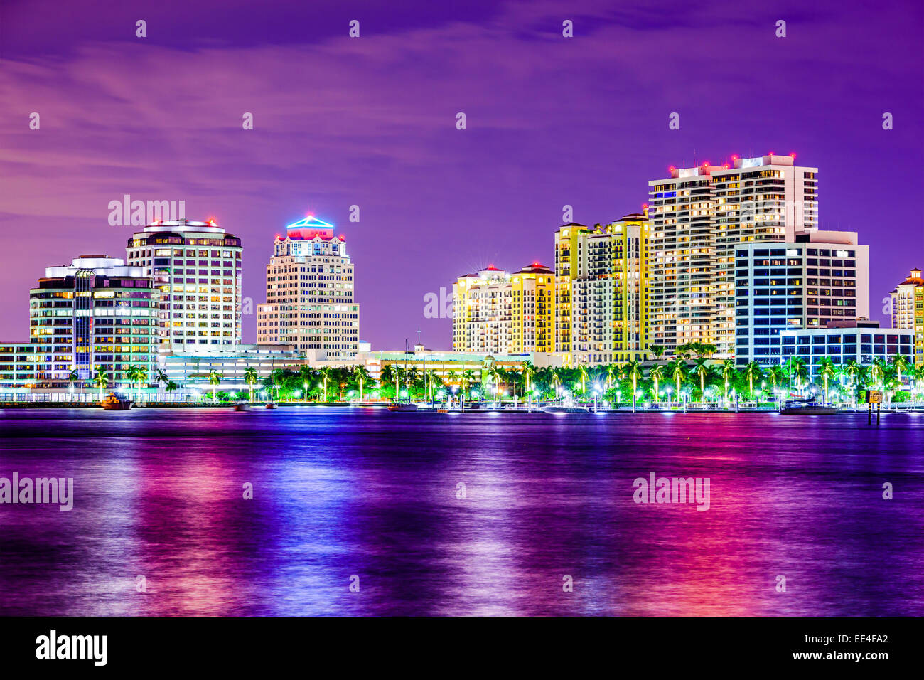 West Palm Beach, Florida, USA city skyline on the Atlantid Intracoastal Waterway. - Stock Image