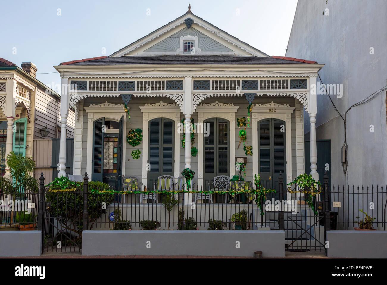 French Quarter, New Orleans, Louisiana. Double Shotgun House With  Italianate Trim.