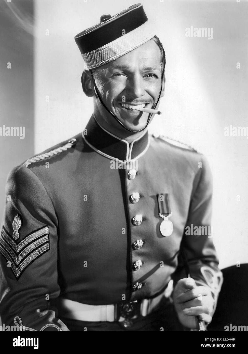 Douglas Fairbanks Jr On Set Of The Film Gunga Din 1939 Stock Photo Alamy Clay sliced off his cock, right before he did it he yelled gunga din. https www alamy com stock photo douglas fairbanks jr on set of the film gunga din 1939 77559687 html