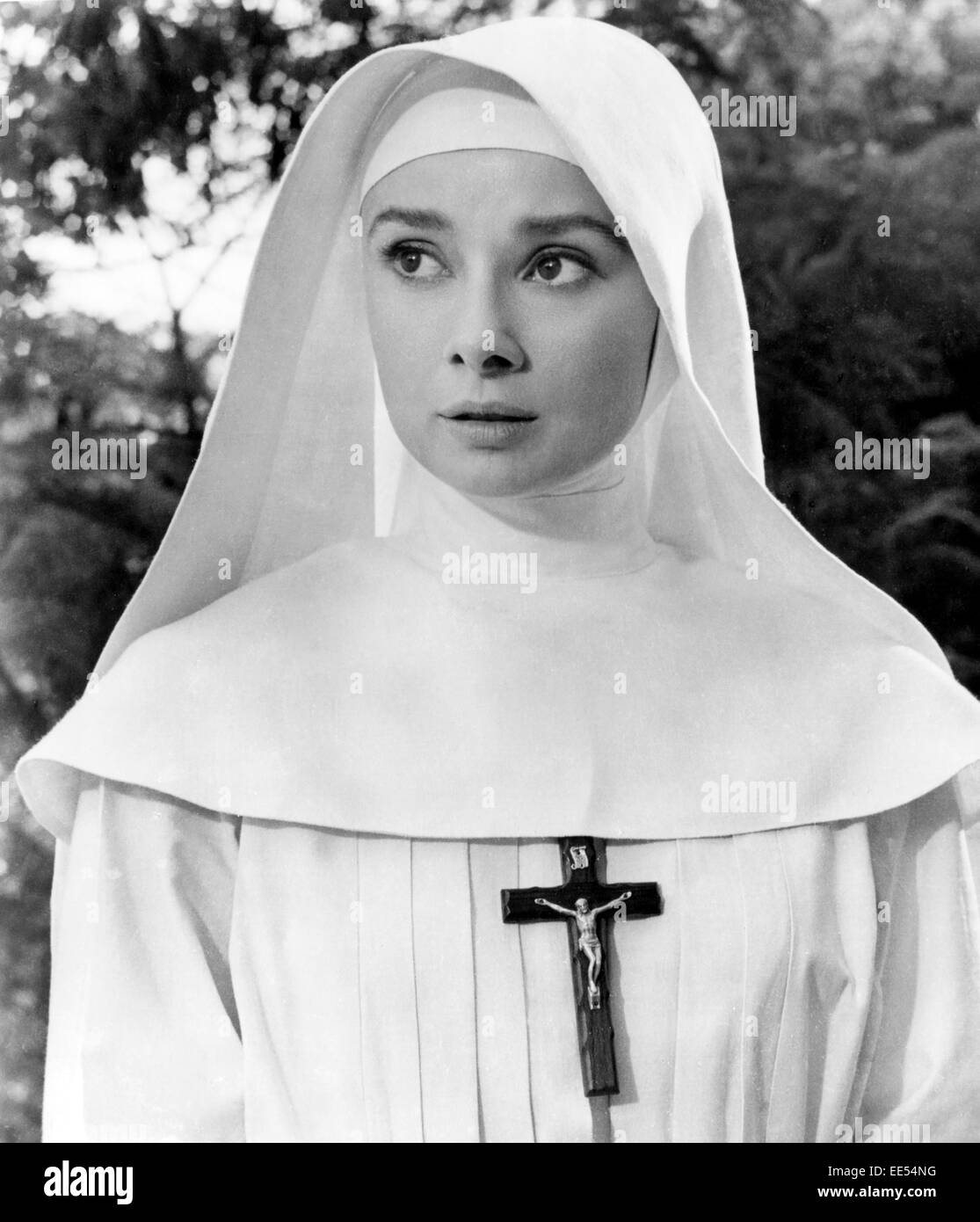 Audrey Hepburn, on-set of the Film, 'The Nun's Story', 1959 - Stock Image