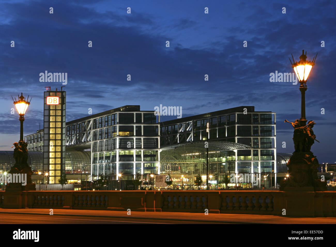 Deutschland, Berlin, Europa, Hauptstadt, Stadt, Sehenswuerdigkeit, Hauptbahnhof, Grossstadt, Gebaeude, Lehrter Bahnhof, - Stock Image
