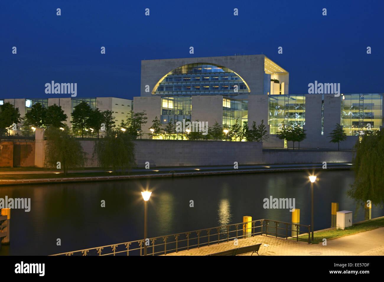 Deutschland, Berlin, Europa, Hauptstadt, Stadt, Sehenswuerdigkeit, Berlin-Tiergarten, neues Bundeskanzleramt, Willy - Stock Image