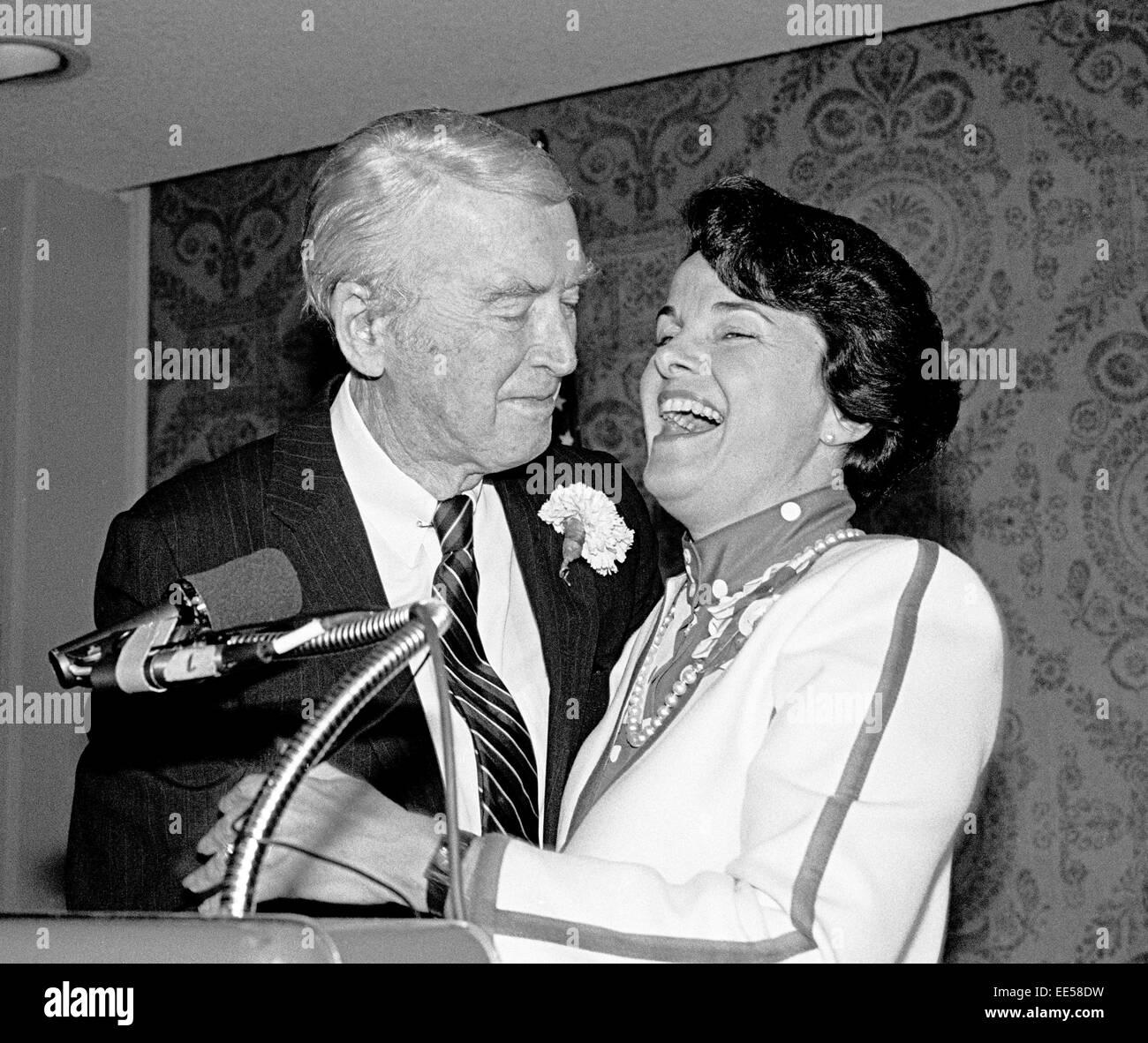 Actor Jimmy Stewart & Mayor Dianne Feinstein 1984 - Stock Image