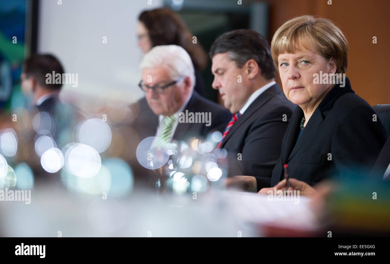 Berlin, Germany. 14th Jan, 2015. German Chancellor Angela Merkel (R-L, CDU), German Minister of Economics and Energy - Stock Image