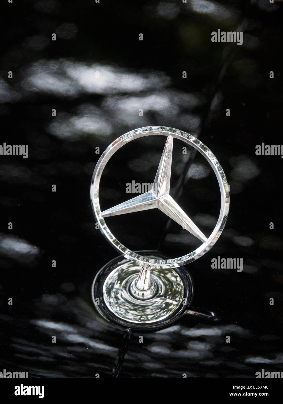 Symbol Mercedes Benz Stock Photos Symbol Mercedes Benz Stock