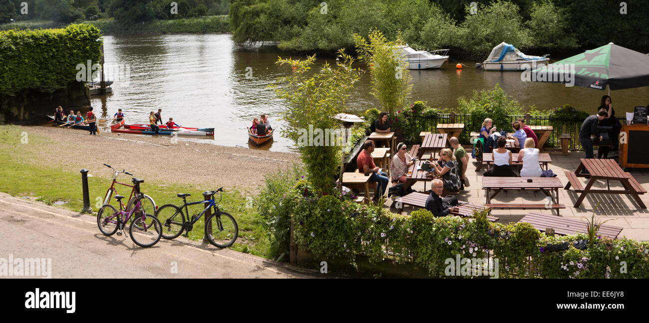 UK, London, Twickenham, River Thames and diners at White Swan riverside pub, panoramic - Stock Image