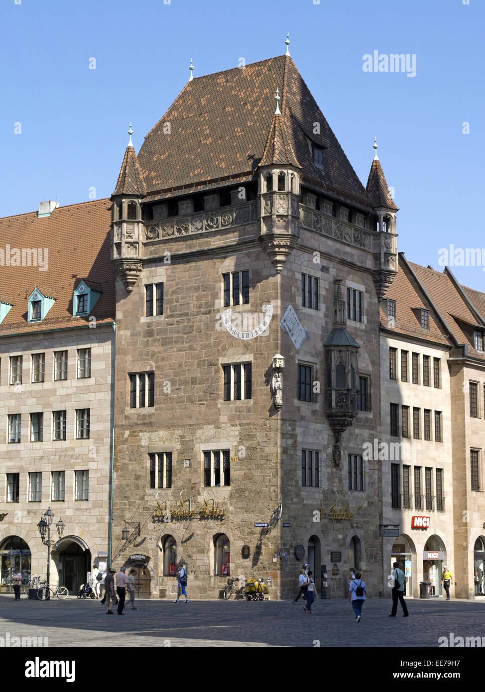 Deutschland, Bayern, Nuernberg, Altstadt, Architektur, Ausflugsziel, Denkmalschutz, Turmhaus, Adelshaus, Nassauer - Stock Image
