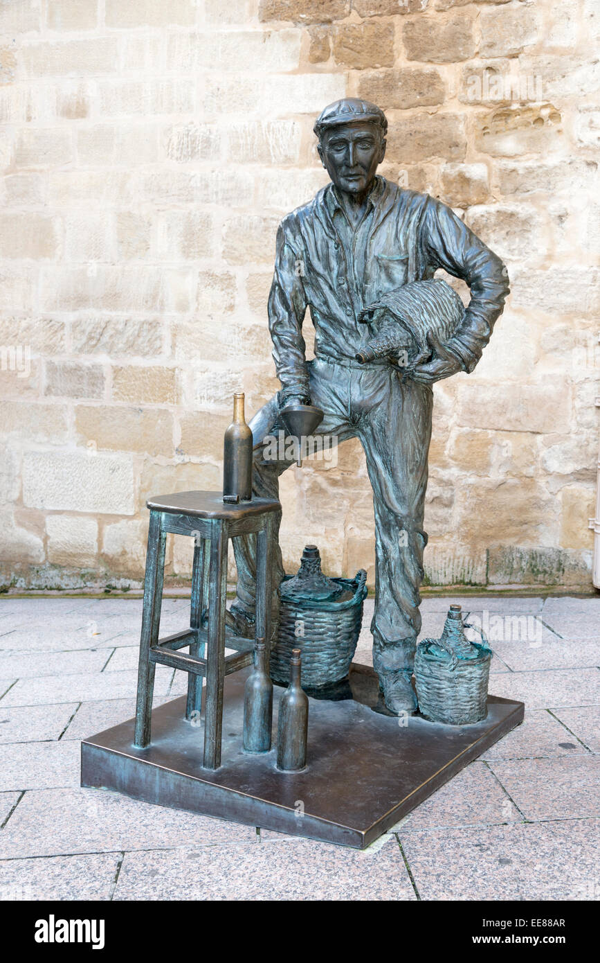 A bronze statue of a winemaker in Haro Spain the capital of the Rioja wine region - Stock Image