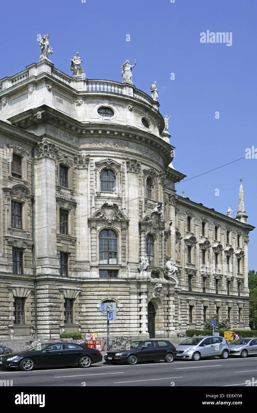 Deutschland, Sueddeutschland, Bayern, Oberbayern, Muenchen, Landeshauptstadt, Stadtansicht, Sehenswuerdigkeit, Sehenswuerdigkeit - Stock Image