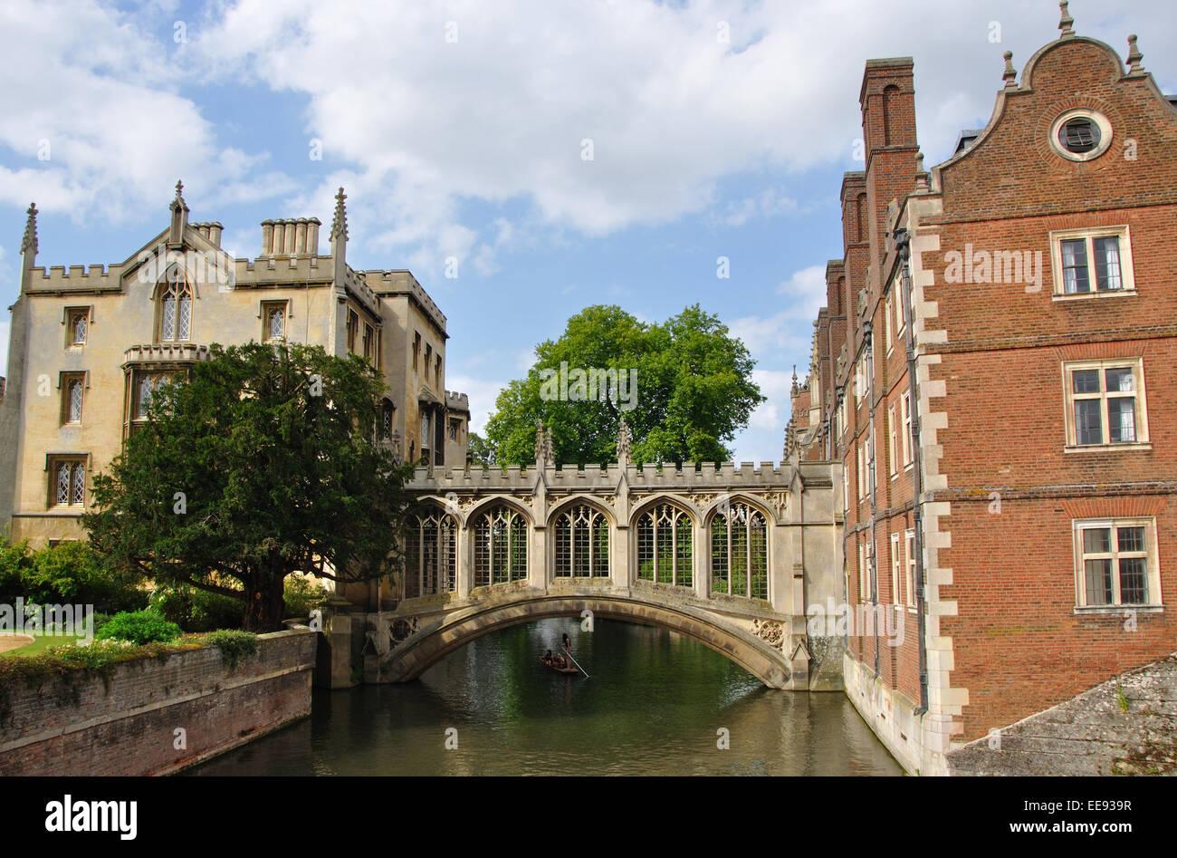 Bridge of Sighs, St John's College, Cambridge, England, UK - Stock Image
