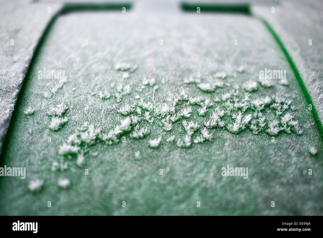 Dustbin Lid Stock Photos & Dustbin Lid Stock Images - Alamy