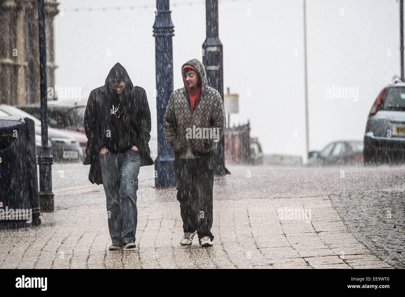 Aberystwyth, Wales, UK. 15th January, 2015. UK weather. Overnight stormy weather brought driving rain and heavy - Stock Image