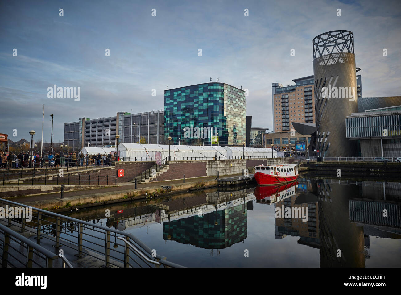 Lowry Outlet at Media City in Salford Quays, Victorian Christmas Market. Stock Photo
