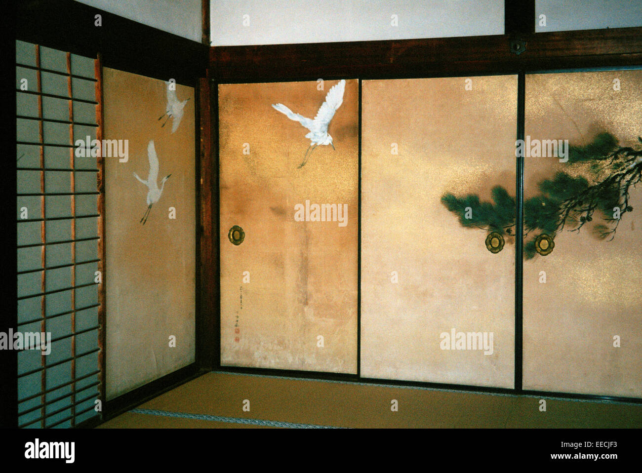 Picture of flyng heron birds on a japanese sliding doors fusuma & Picture of flyng heron birds on a japanese sliding doors fusuma ...