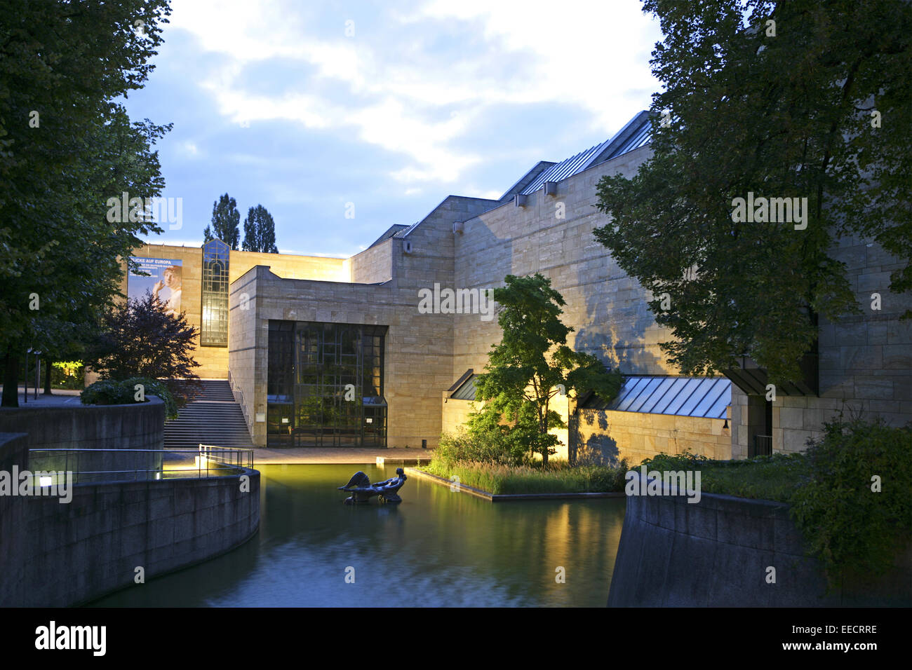 Architektur, Aussenansicht, Aussenaufnahme, Bildhauerei, Eingang, Fassade, Gebaeude, Gebaeudefassade, Gemaelde, - Stock Image