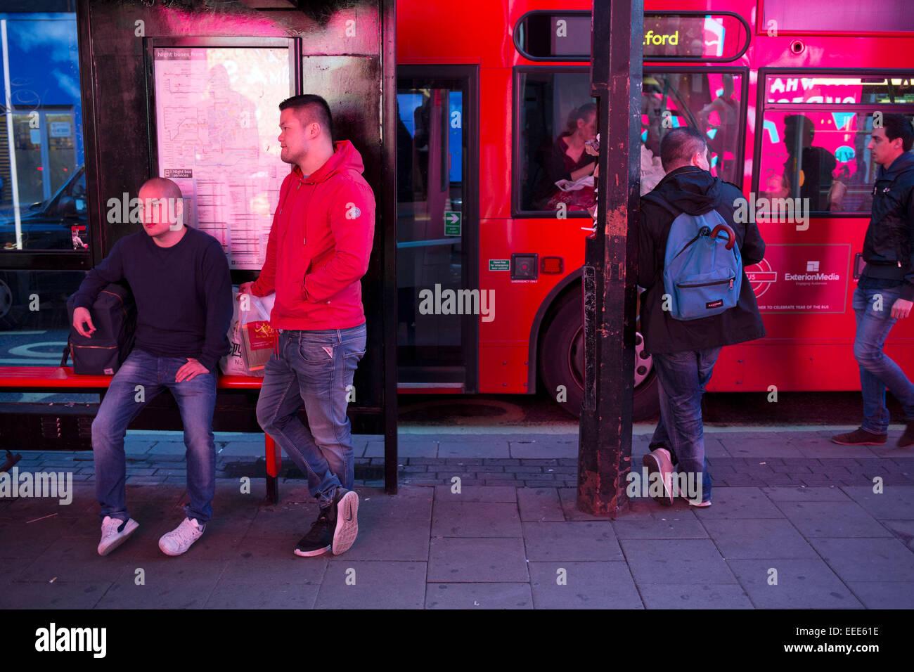 London Bus Stop Waiting Stock Photos & London Bus Stop ...