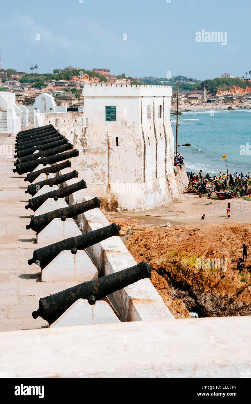 Cape Coast castle cannons, Ghana. - Stock Image