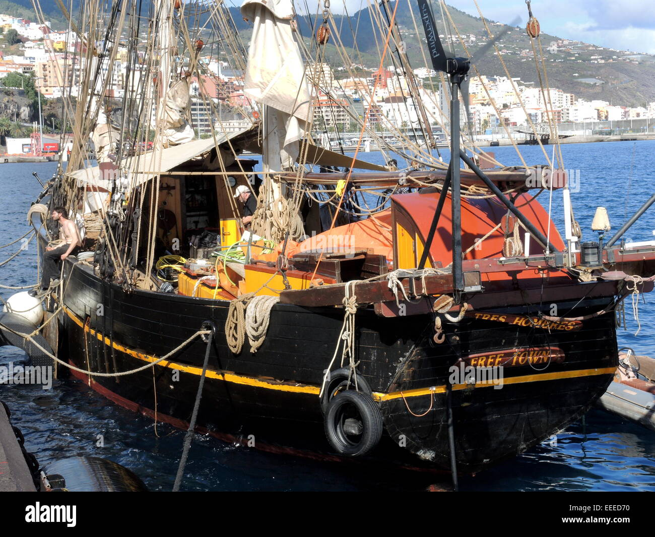 The engineless Sailing Cargo Ship 'Tres hombres' in the harbour of the city of Santa Cruz on the canarian - Stock Image