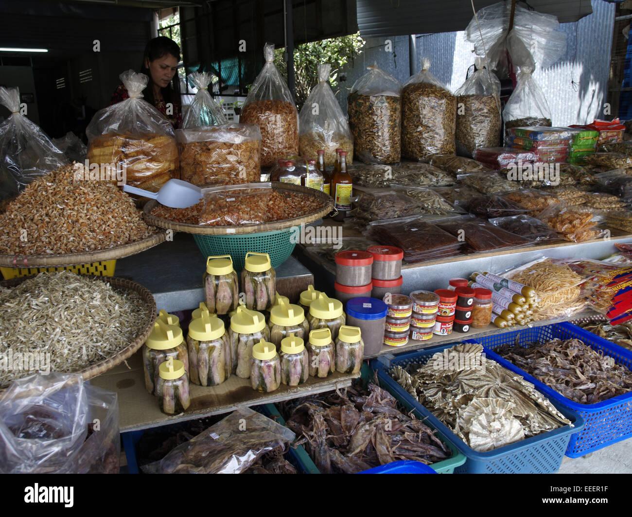 Verkauf, verkaufen, Thaifood, Thai Food, Spezialitaet, Einkauf, Essen, Farbe, Maerkte, Markt, Marktstand, Asien, - Stock Image