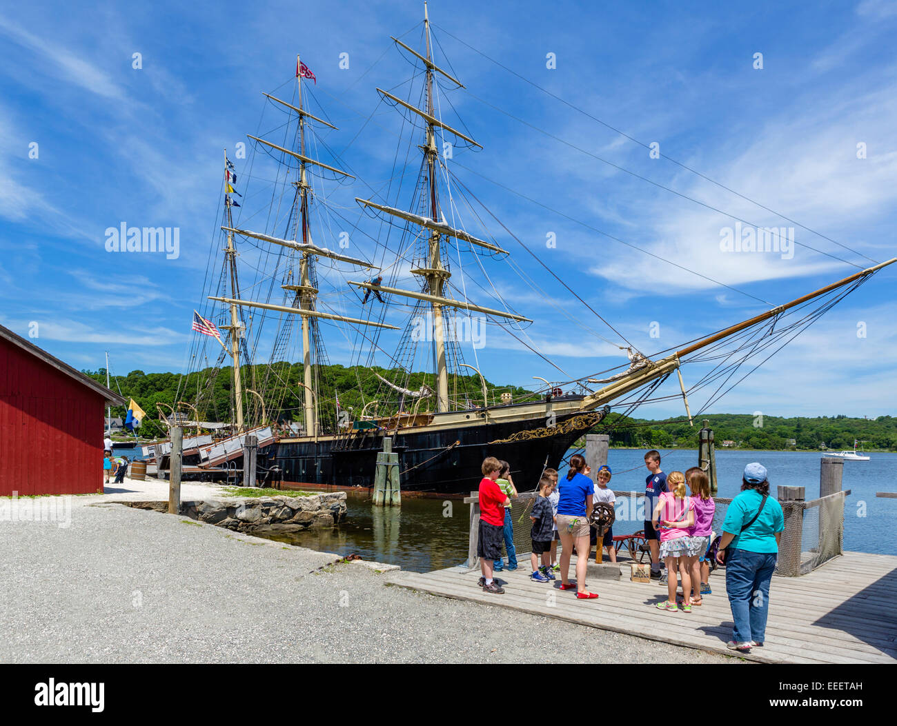 Group of children in front of Joseph Conrad square-rigged museum ship, Mystic Seaport maritime museum, Mystic, Connecticut, - Stock Image