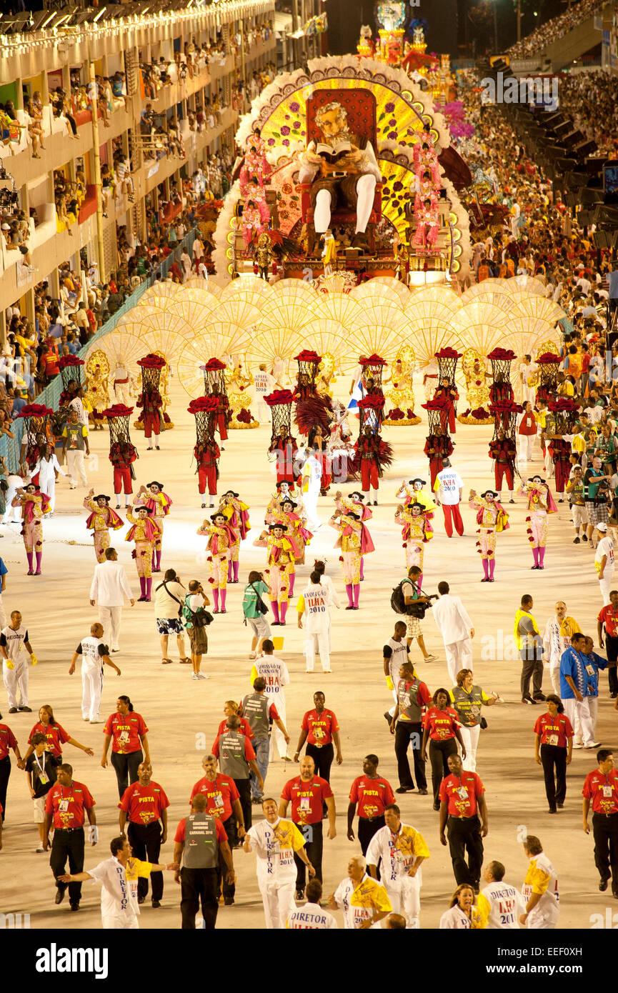 Rio de Janeiro, Brazil, 14th February 2010 - Samba school presentation at sambodromo in carnival 2010. Stock Photo