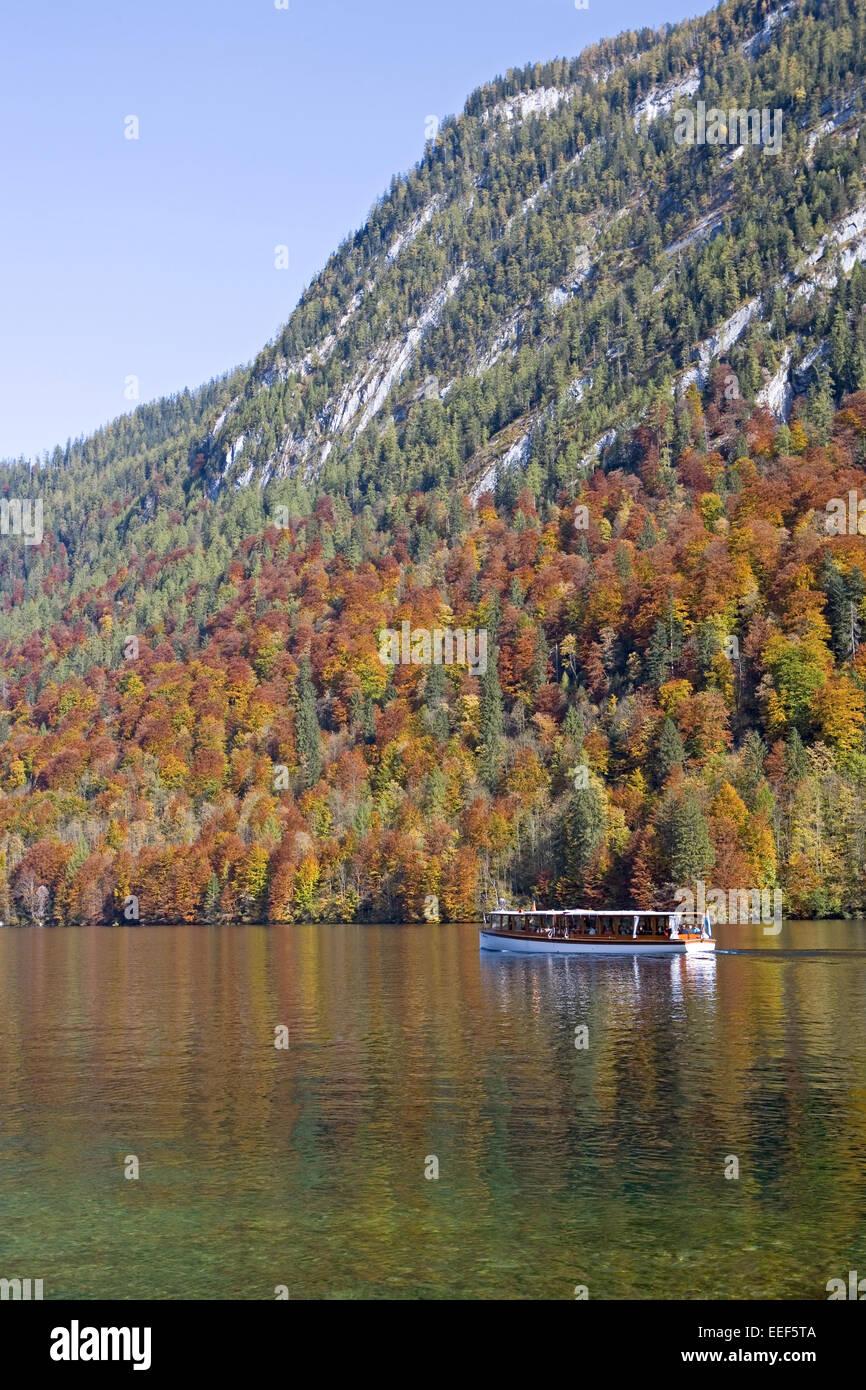 Deutschland, Berchtesgadener Land, Koenigssee, Ausflugsboot, Sueddeutschland, Bayern, Gebirge, Bergsee, See, Gewaesser, - Stock Image